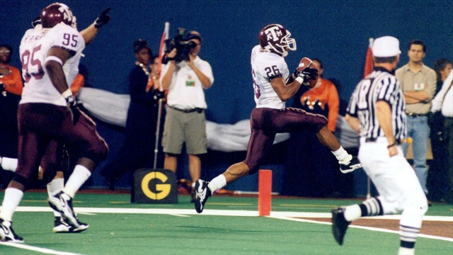 Aggie Flashback: Former DB Jay Brooks reflects on Harold Robertson