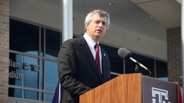 A&M rejoices SEC move with ceremonial flag raising