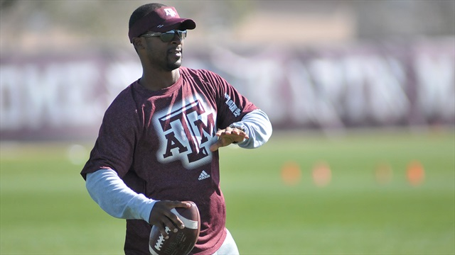 The Human Joystick: Aggie Flashback with Dante Hall