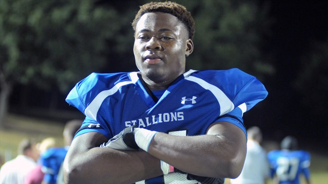 Aggie offer factoring heavily with OU commit