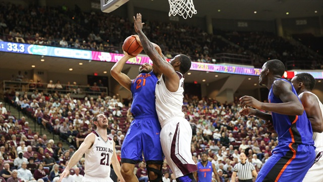 Escape from Reed: Aggies hold on for 63-62 defeat of Florida