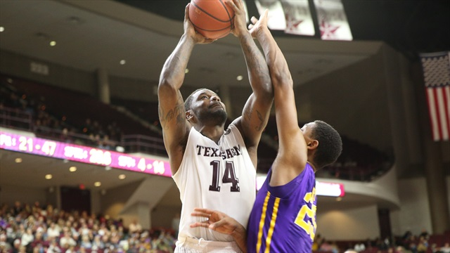 Late surge propels A&M to essential win against LSU, 68-62