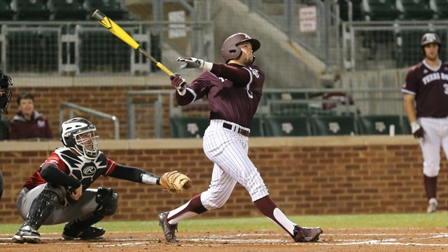 A&M uses late homers to stun Dartmouth, keep Aggies record perfect
