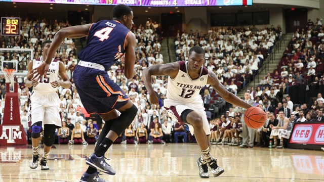 Balanced Aggies overwhelm Auburn in 80-55 rout