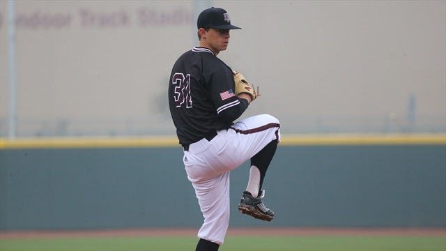 Aggies march to Sunday win, 10-4, for sweep of Dartmouth