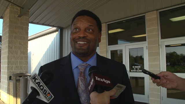 Kevin Sumlin gives summer update at Brazos County Coach's Night