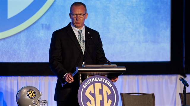 SEC sets sail in a new direction at Media Days' opening round