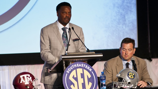 Sumlin's Aggies meet the season banking on returning experience