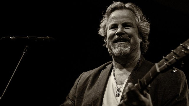 Robert Earl Keen shares his latest endeavors, love for Texas A&M